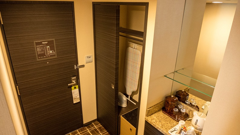DOUBLETREE HILTON SUITE ROOM KING 201310 28