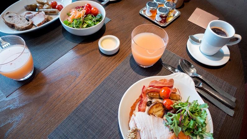 DINING ROOM 201405 18