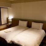 Hilton Osaka tower suite twin 201411 53