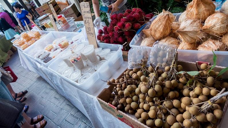 HRW Farmer's Market 201501 3