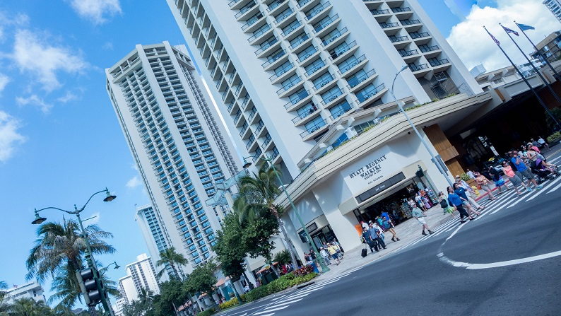 Hyatt Regency Waikiki Beach Resort and Spa Oceanfront Twin 201501 1