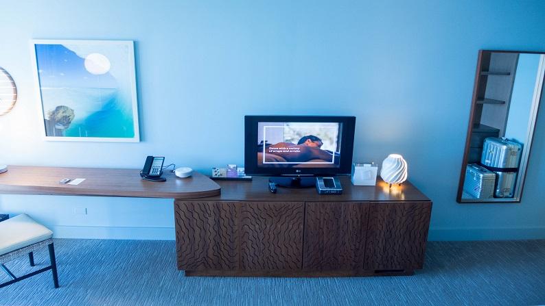 Hyatt Regency Waikiki Beach Resort and Spa Oceanfront Twin 201501 26