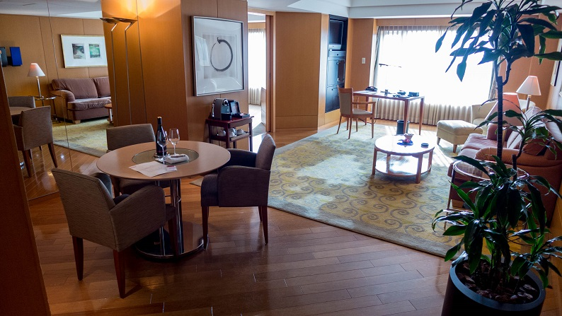 Grand Hyatt Fukuoka Executive Suite Twein 201503 1