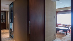 HYATT REGENCY NAHA OKINAWA EXECUTIVE SUITE TWIN 201507 19