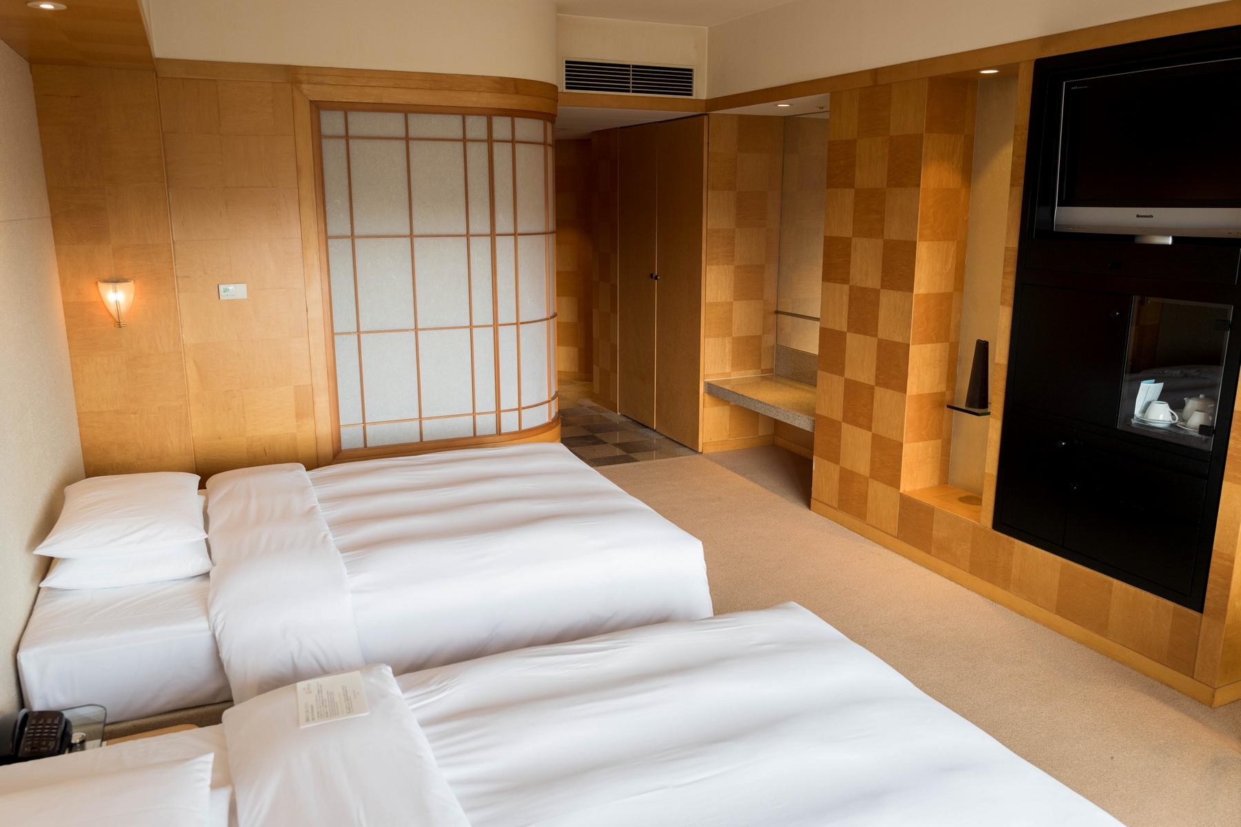 Grand Hyatt Fukuoka Club Twin 201607 3